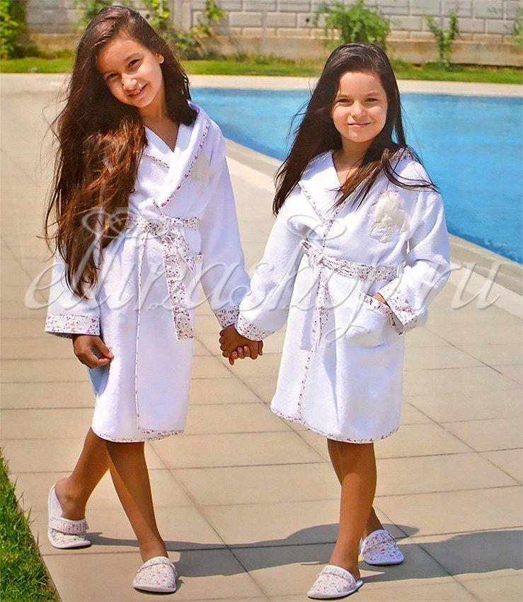 Alpha Детский банный комплект на девочку: халат и тапочки