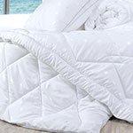 Легкое облако одеяла и подушки из лебяжьего пуха Spa tex