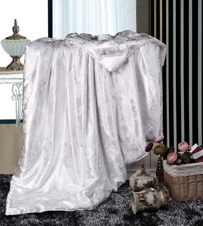 Шелковое одеяло Retrouyt