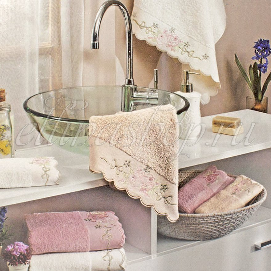 Cathy Комплект махровых полотенец с вышивкой 3шт. La Villa