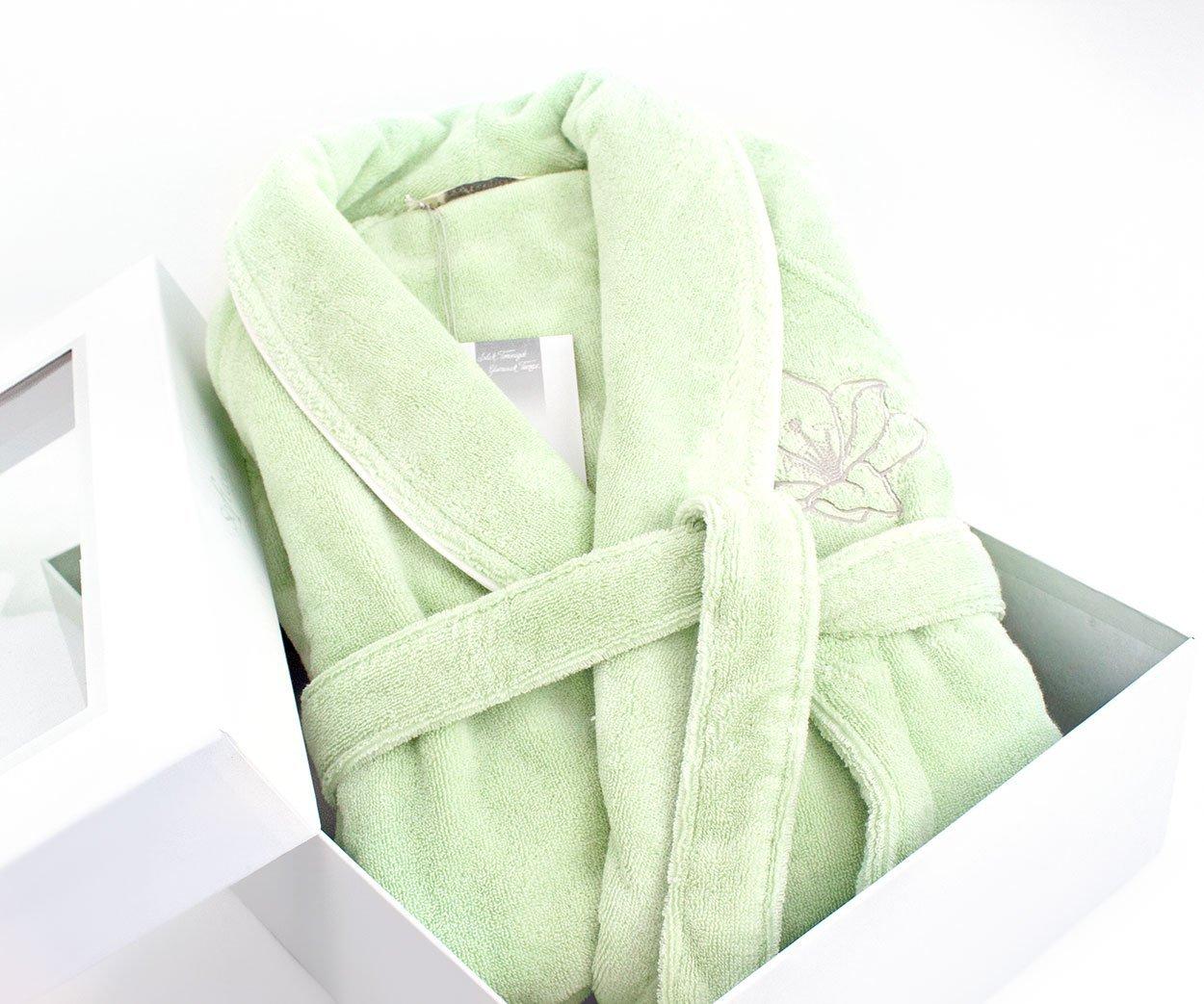 Махровые халаты с вышивкой тюмень