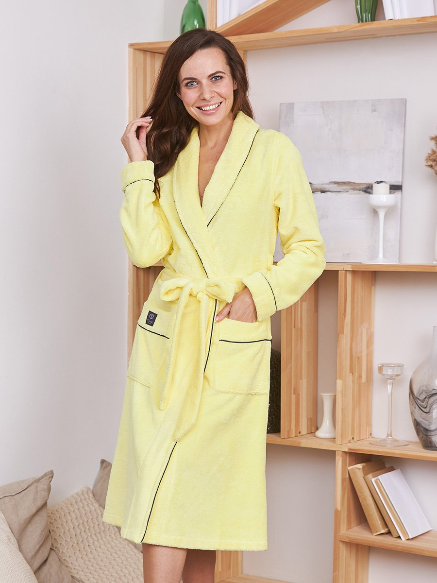 Женский бамбуковый халат Trendy желтый Five Wien