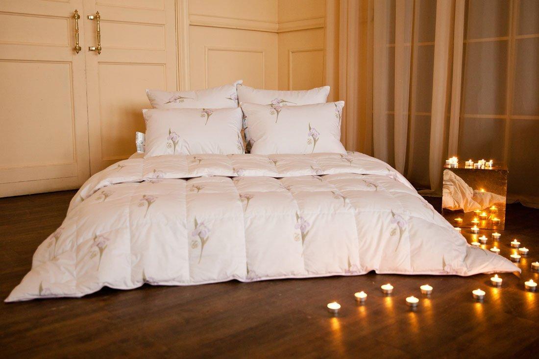 Царственный ирис подушки и одеяла из пуха