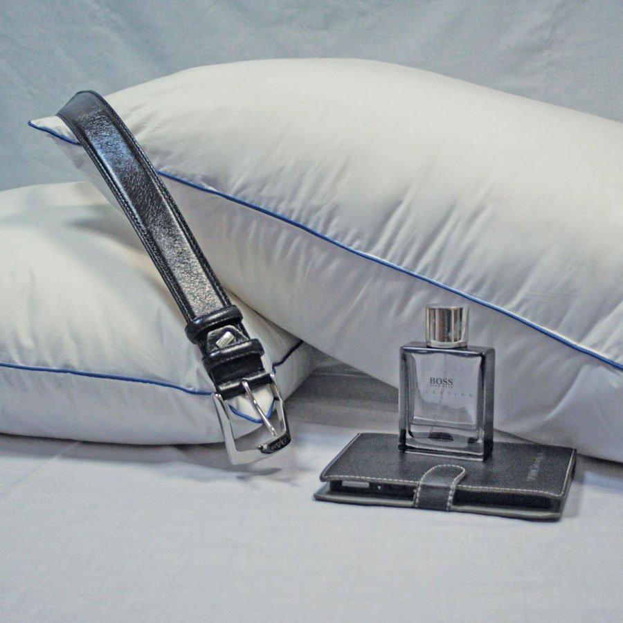Мужской мир пуховая подушка