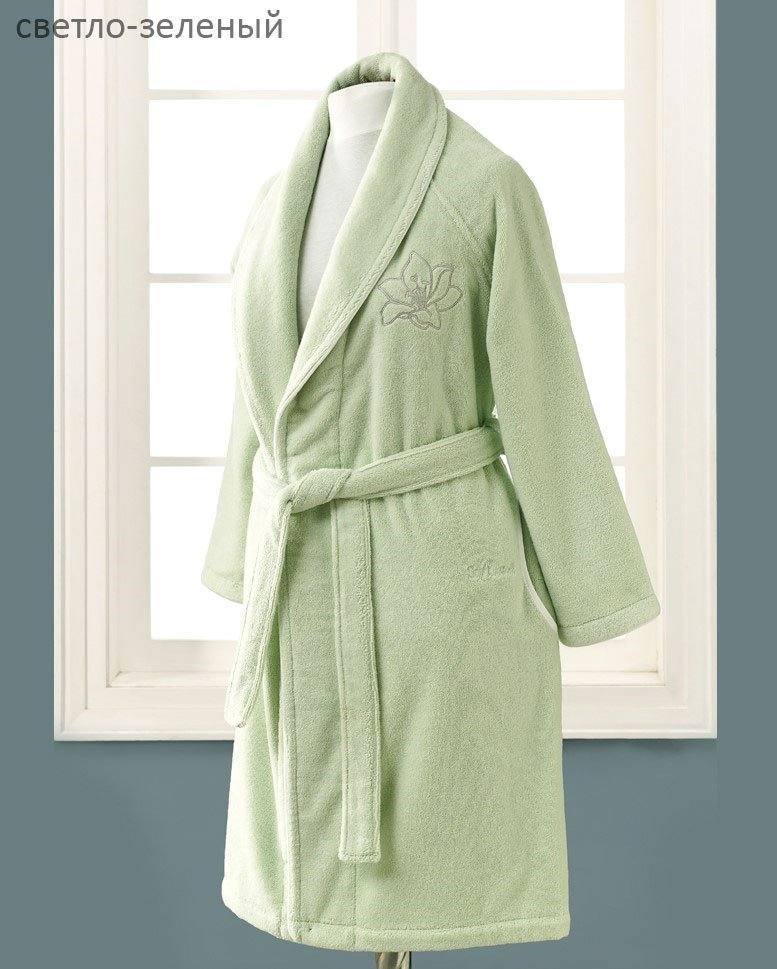 Халат махровый Lilium св. зеленый с вышивкой Soft