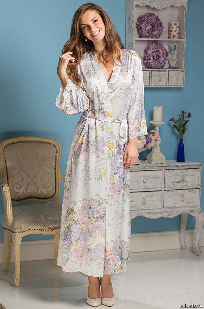 Длинный халат из шелка 5999 Лилианна Mia Amore