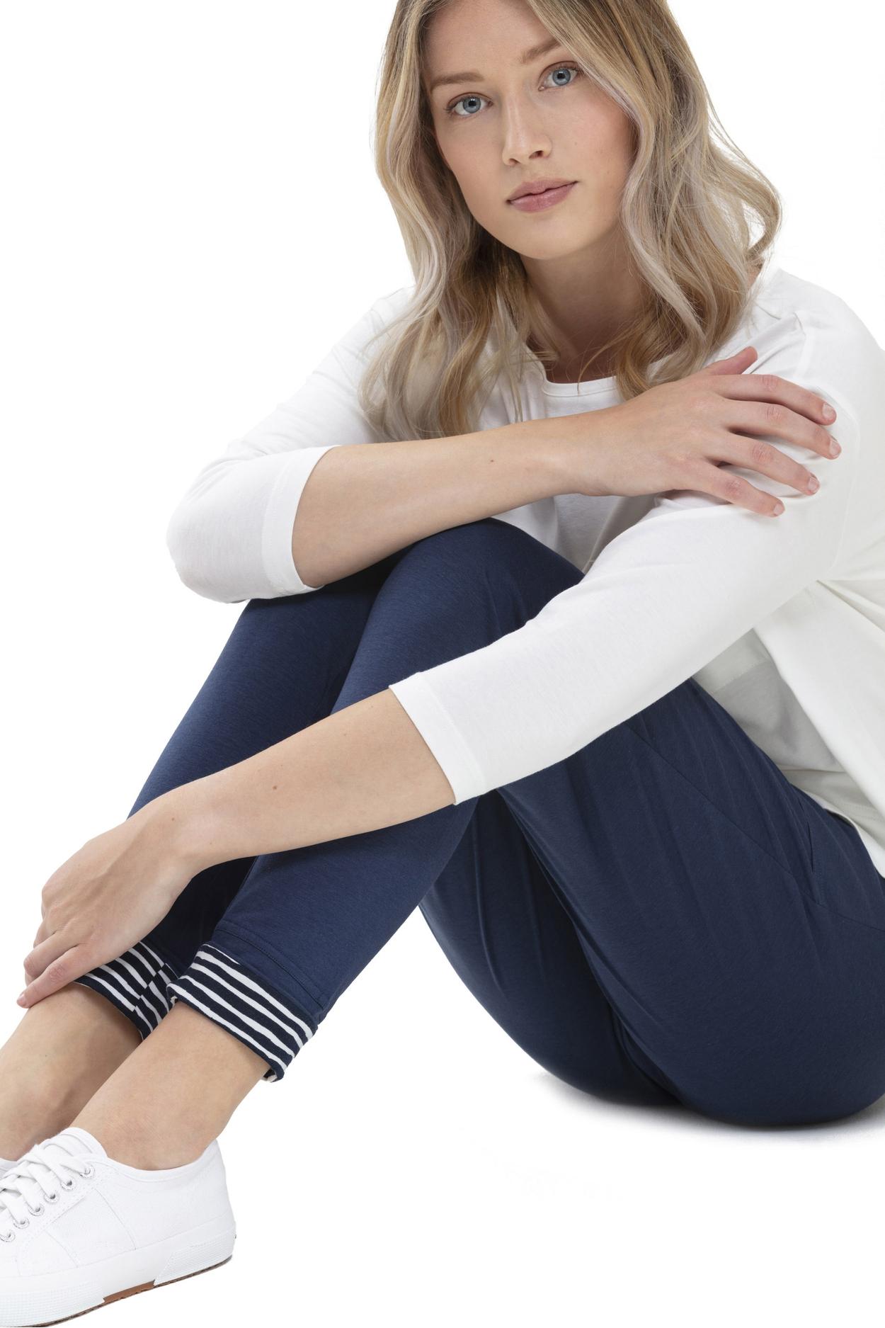 Трикотажные брюки из модала 16113 Mey