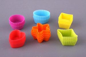 Набор форм 710-165 силиконовых выпечки 24 шт